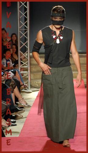 jupe pour homme, jupe japonisée, vêtement créateur